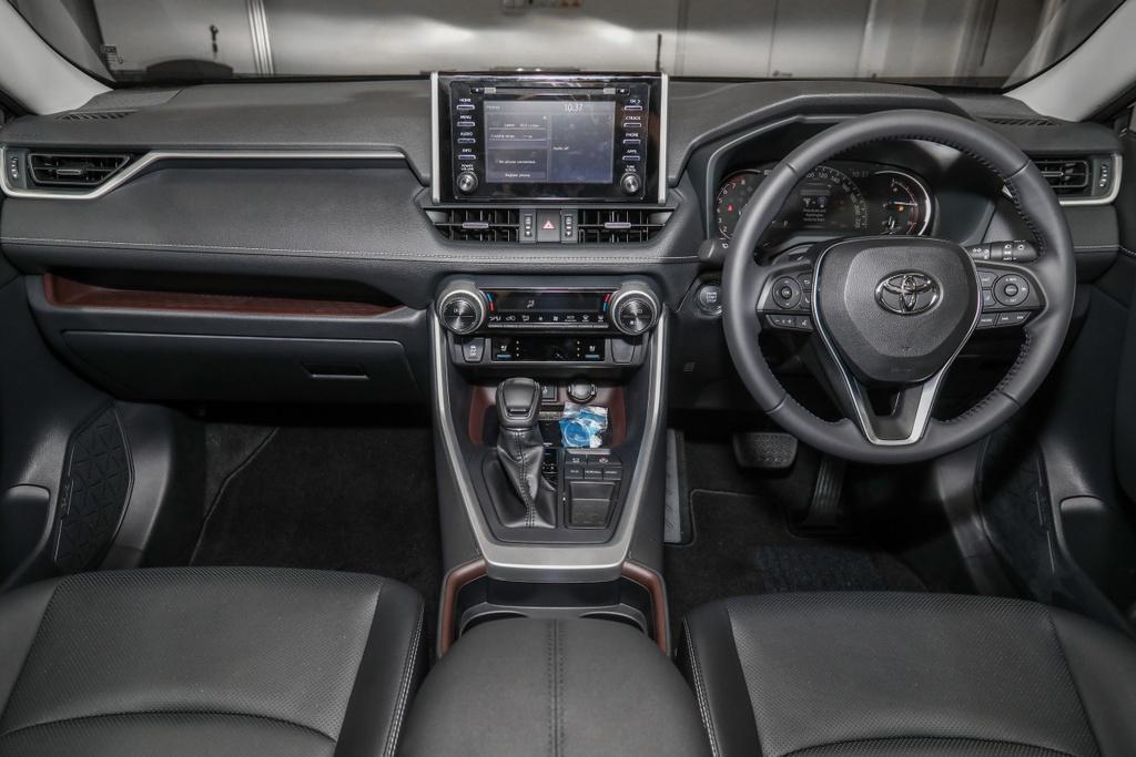 Toyota RAV4 2020 cap ben DNA - 2 phien ban,  gia tu 45.959 USD anh 6