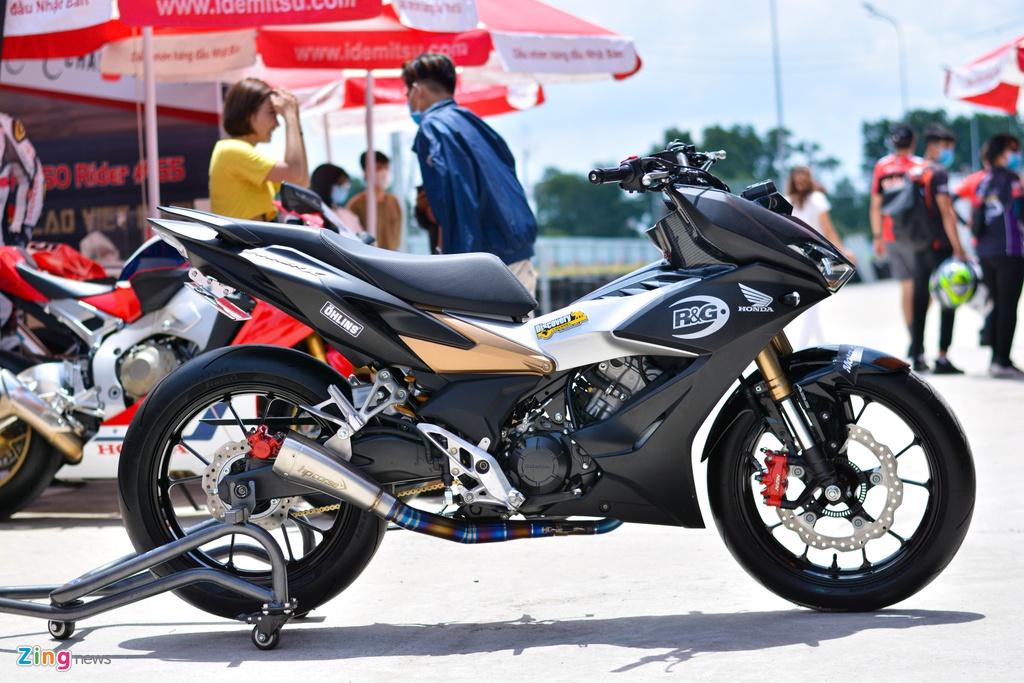 Can canh Honda Winner X voi dan chan Honda CB150R Neo Sport Cafe anh 2