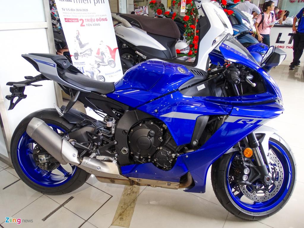 Yamaha YZF-R1 2020 tai VN - doi thu Kawasaki ZX-10R,  gia 729 trieu anh 1