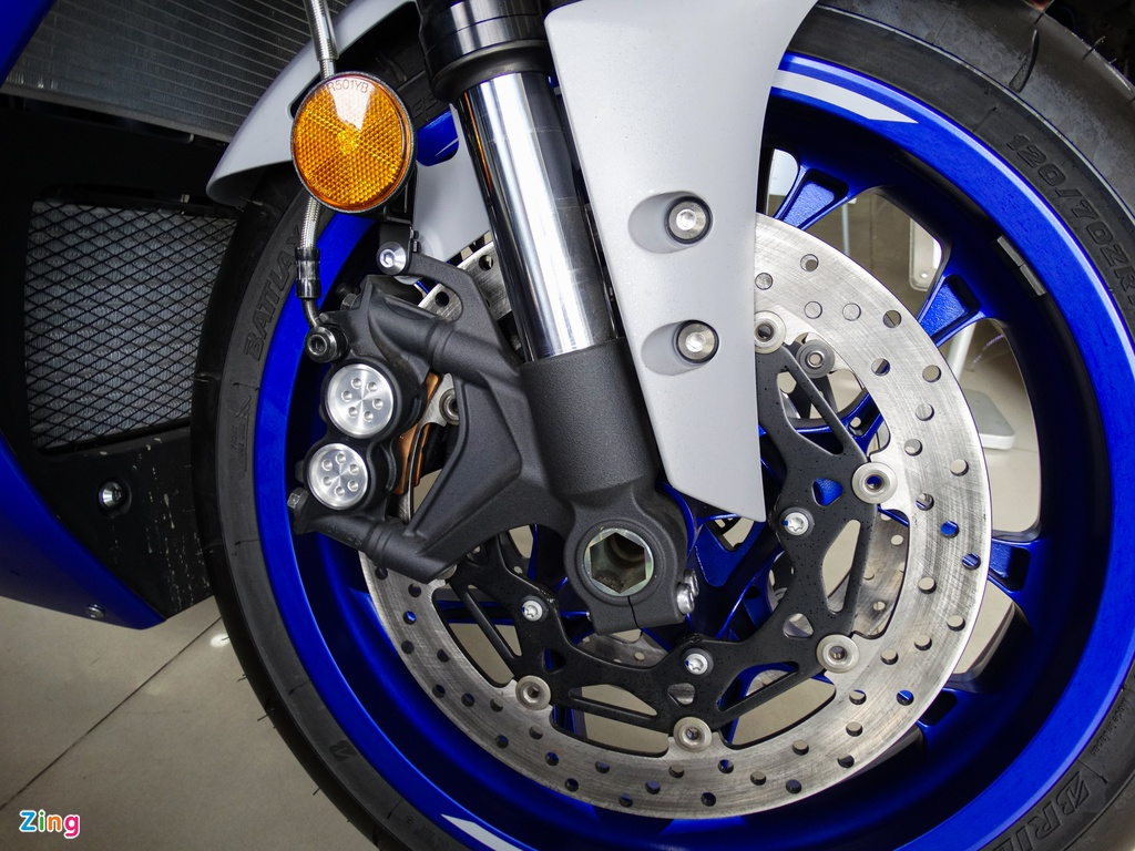 Yamaha YZF-R1 2020 tai VN - doi thu Kawasaki ZX-10R,  gia 729 trieu anh 2