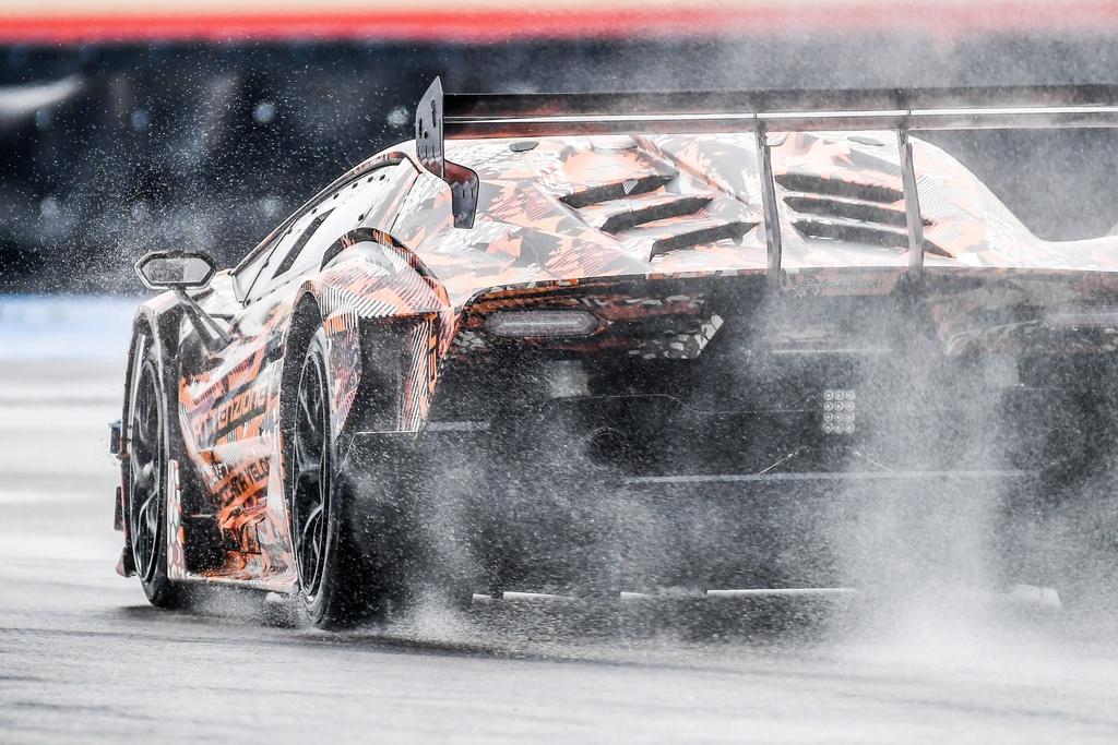 Lamborghini chuan bi trinh lang sieu xe moi anh 3