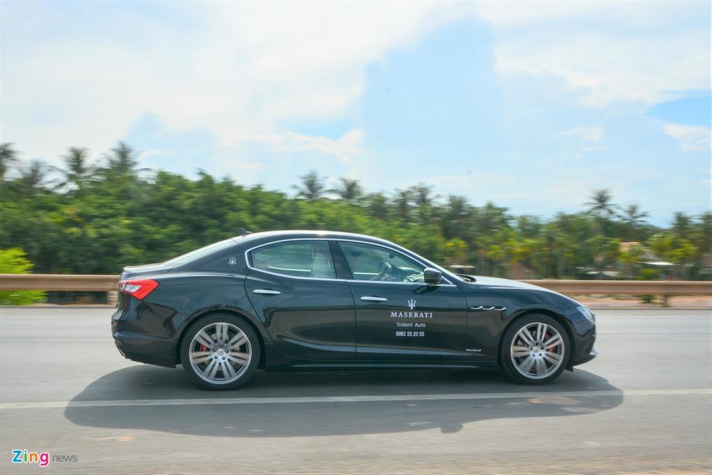 Chi tiet Maserati Ghibli o VN - sedan manh 350 ma luc,  gia tu 5, 69 ty anh 4