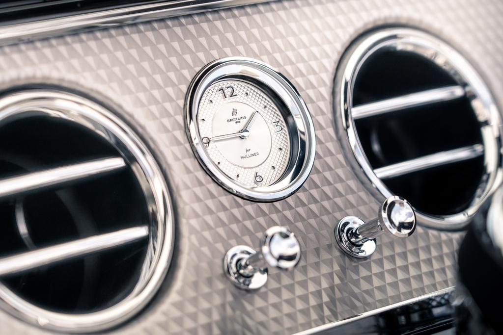 Chi tiet xe sang Bentley Continental GTC Convertible Mulliner anh 6