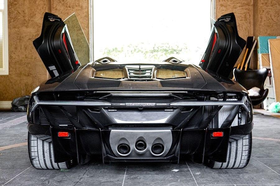 Hang hiem Lamborghini Centenario Roadster 2017 rao ban gia trieu USD anh 4