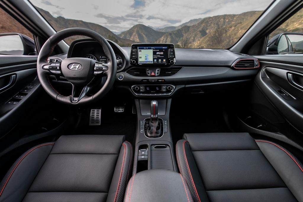 Hyundai Elantra GT va GT N Line bi khai tu o My anh 5