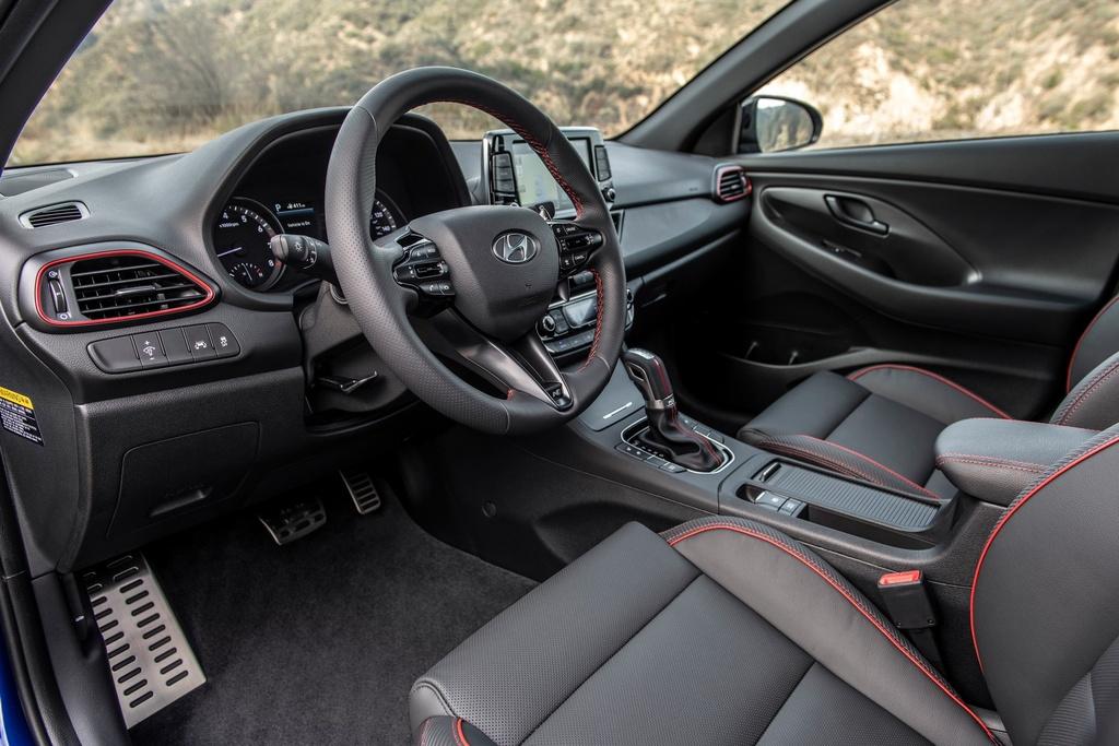 Hyundai Elantra GT va GT N Line bi khai tu o My anh 4