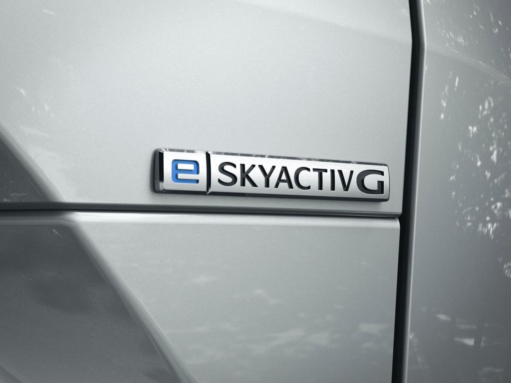 Ra mat Mazda MX-30 phien ban dung dong co hybrid e-Skyactiv G anh 5