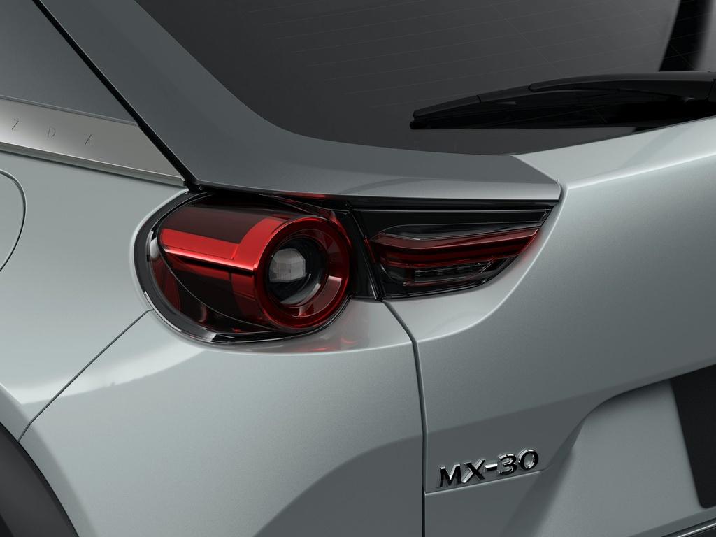 Ra mat Mazda MX-30 phien ban dung dong co hybrid e-Skyactiv G anh 3