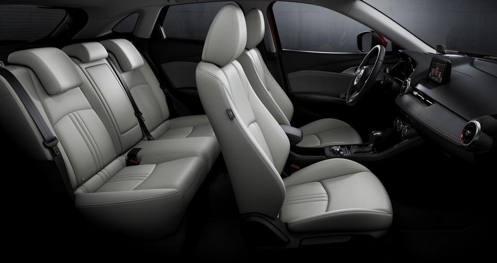 Mo ban Mazda CX-3 2021 - 2 phien ban,  gia tu 20.640 USD anh 6