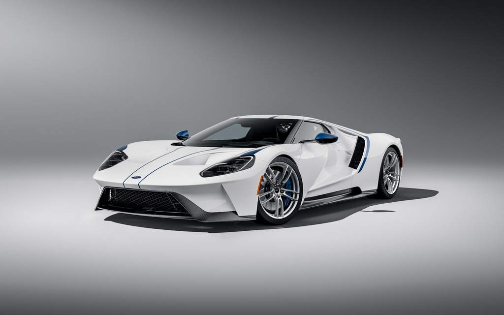 Ford GT co them 2 phien ban dac biet,  co tien chua chac mua duoc anh 7