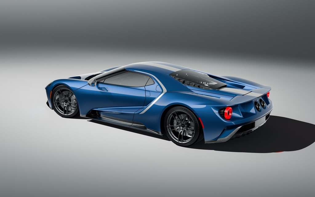 Ford GT co them 2 phien ban dac biet,  co tien chua chac mua duoc anh 9