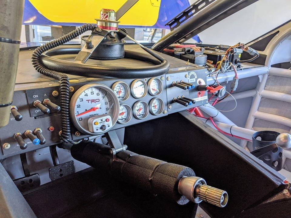 Toyota Camry phien ban xe dua NASCAR manh hon McLaren 720S anh 6