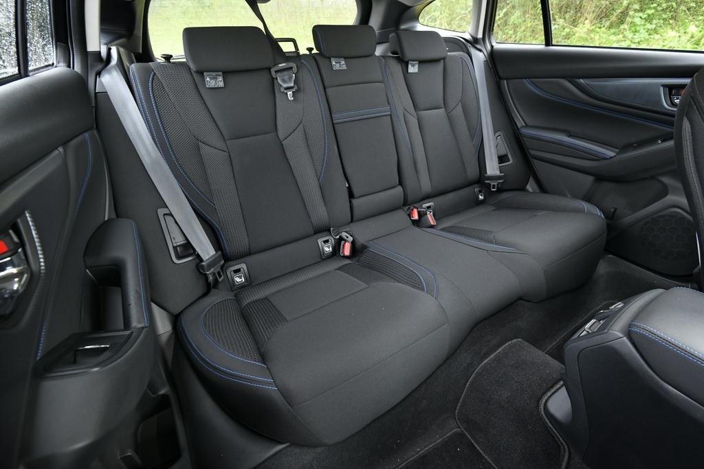 Subaru Levorg 2020 ra mat - 6 phien ban,  ho tro lai ban tu dong anh 9