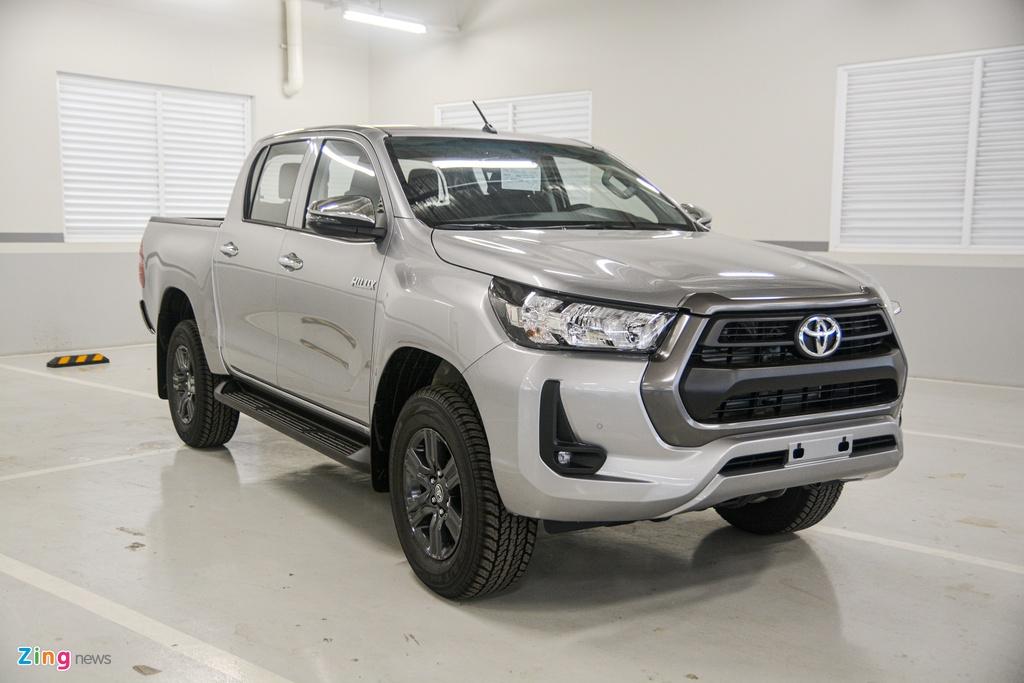 Chi tiet Toyota Hilux 2020 tai VN - 4 phien ban,  gia tu 628 trieu dong anh 1