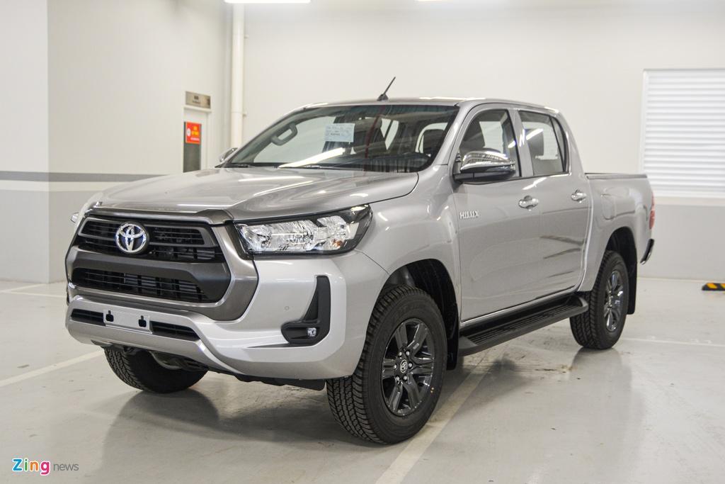 Chi tiet Toyota Hilux 2020 tai VN - 4 phien ban,  gia tu 628 trieu dong anh 3