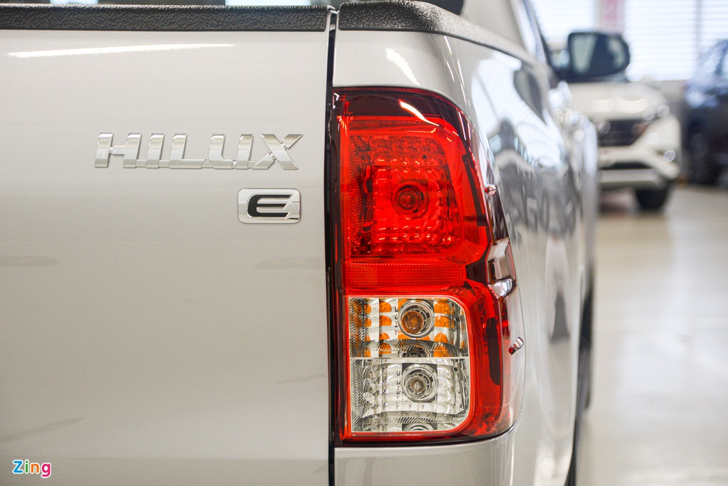 Chi tiet Toyota Hilux 2020 tai VN - 4 phien ban,  gia tu 628 trieu dong anh 6