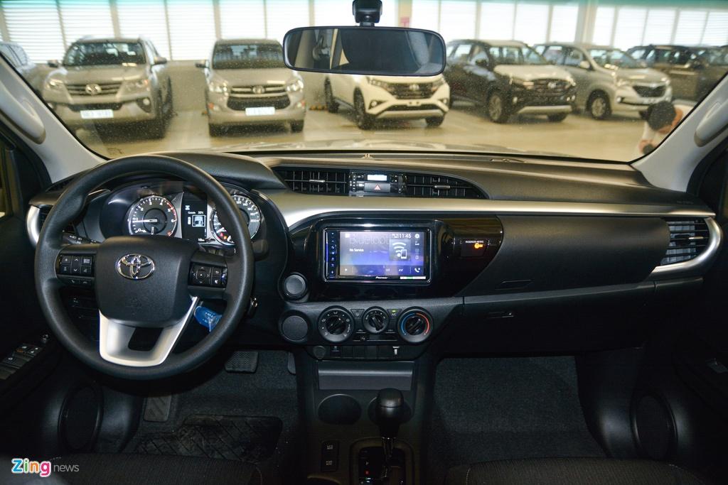 Chi tiet Toyota Hilux 2020 tai VN - 4 phien ban,  gia tu 628 trieu dong anh 8
