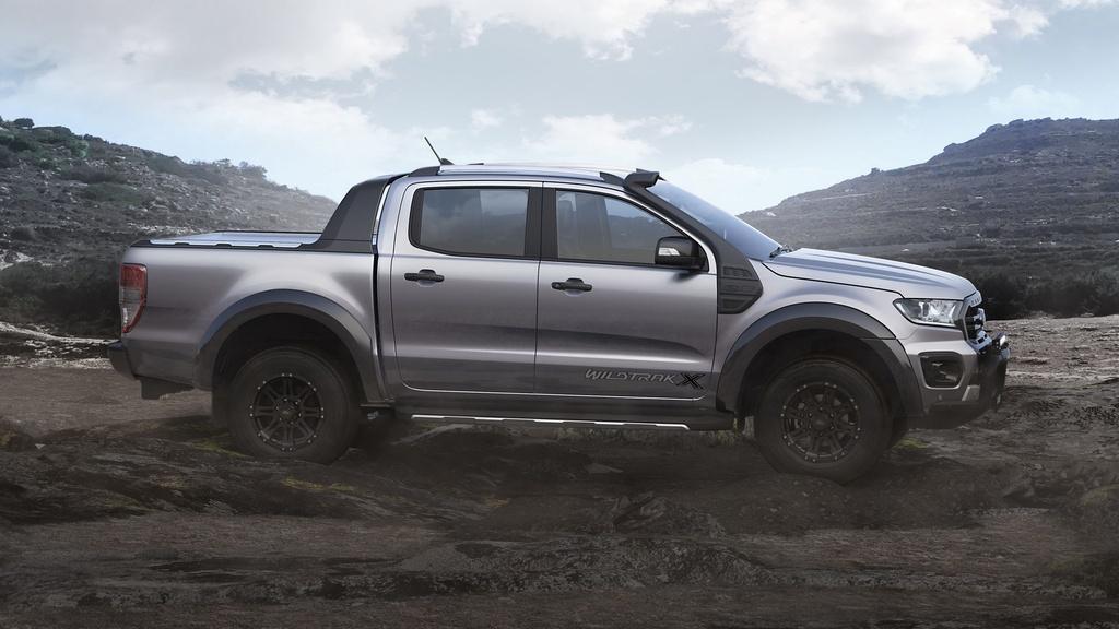 Ford Ranger Wildtrak X ra mat anh 4