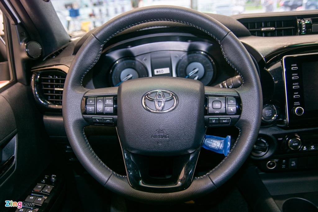 Chi tiet Toyota Hilux Adventure gia 913 trieu dong tai Viet Nam anh 10