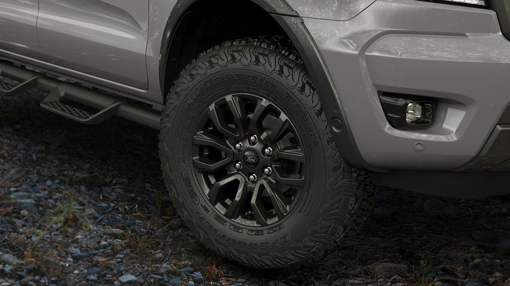 Ban tai Ford Ranger FX4 MAX duoc ra mat anh 4