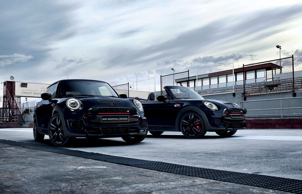 Mini JCW Nightfall Edition duoc ra mat voi so luong chi 40 chiec anh 1