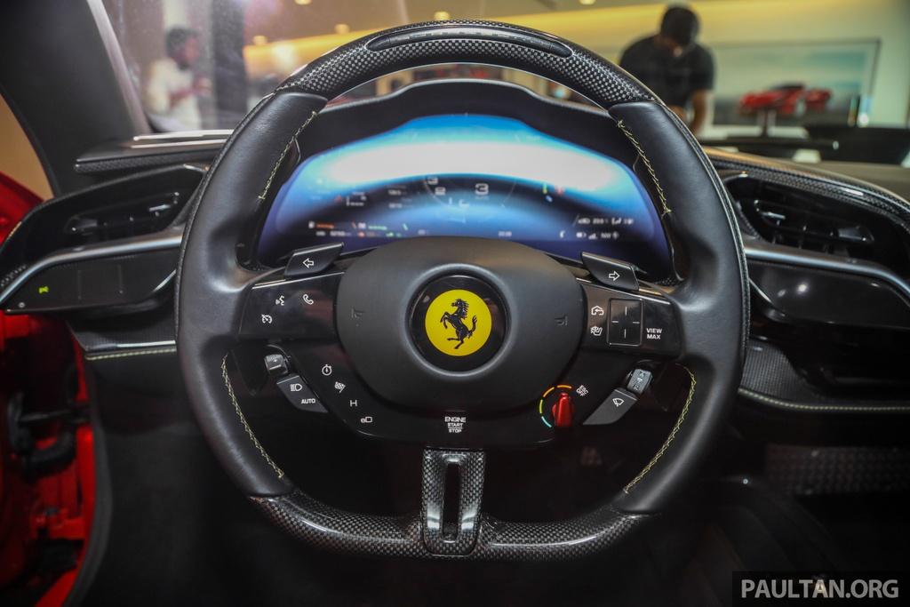 Sieu xe Ferrari SF90 Stradale duoc ra mat tai Malaysia anh 7