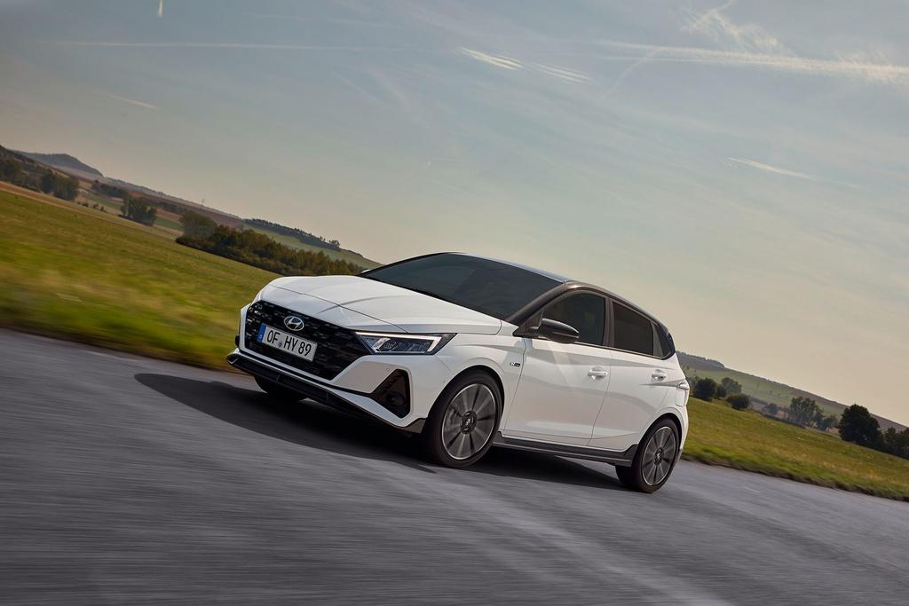 Hyundai i20 N Line 2021 duoc ra mat anh 1