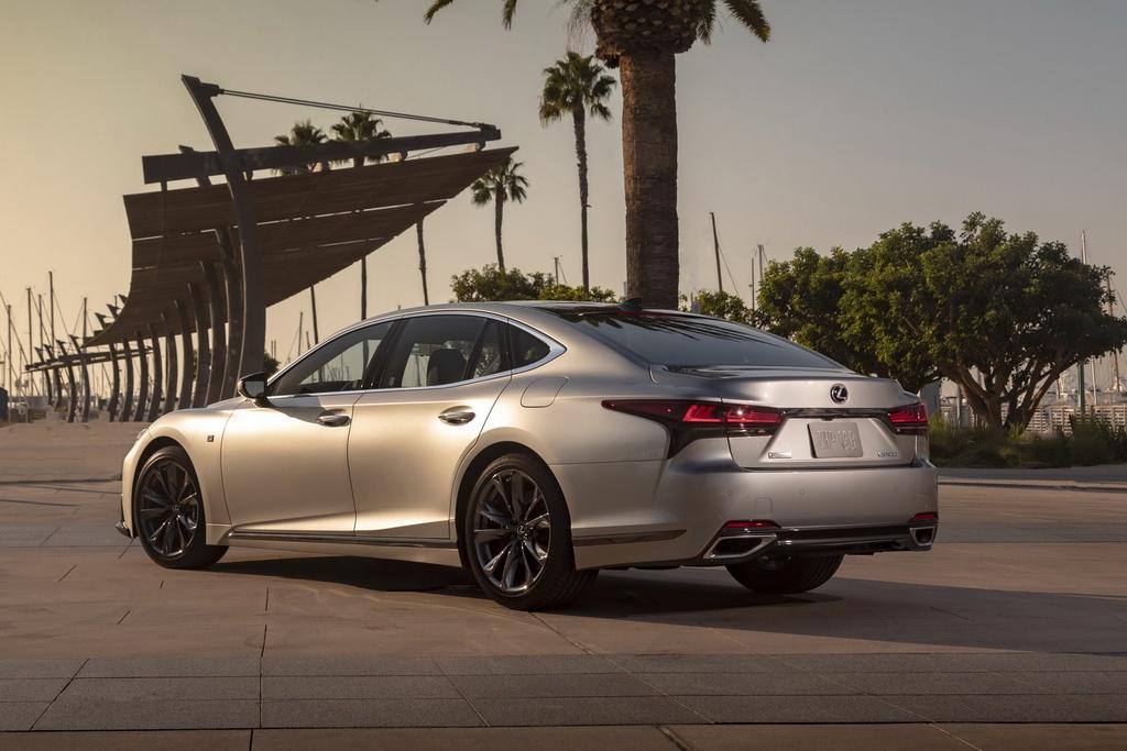 Lexus LS 2021 duoc ra mat tai My anh 4
