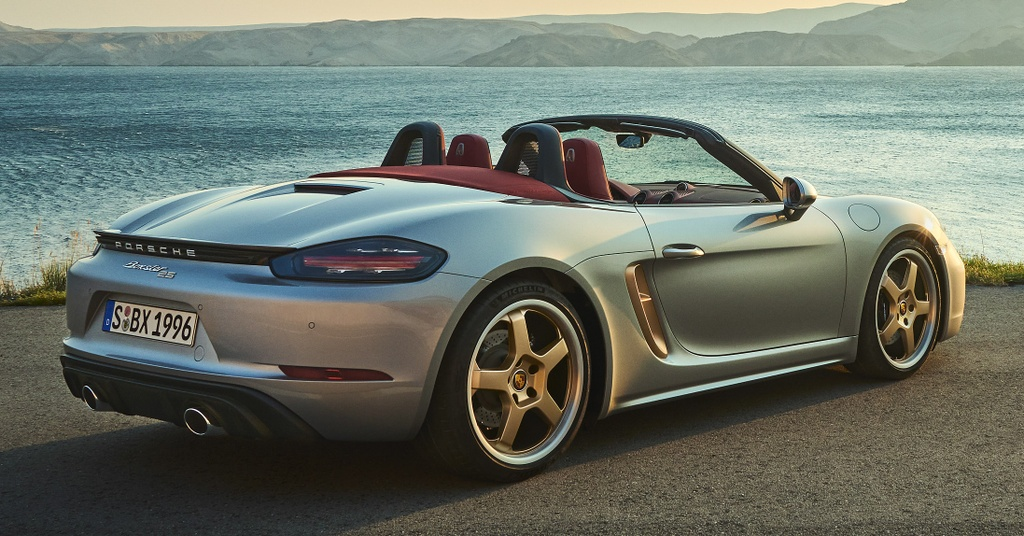 Can canh Porsche Boxster ban ky niem 25 nam anh 2