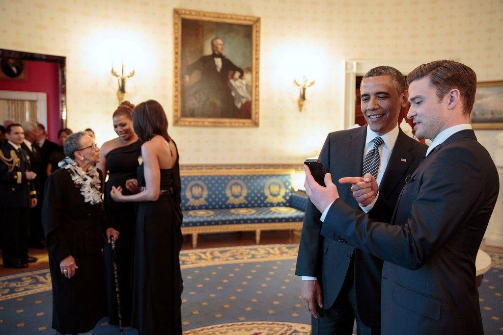 tinh ban cua Obama voi nhung nguoi noi tieng anh 1