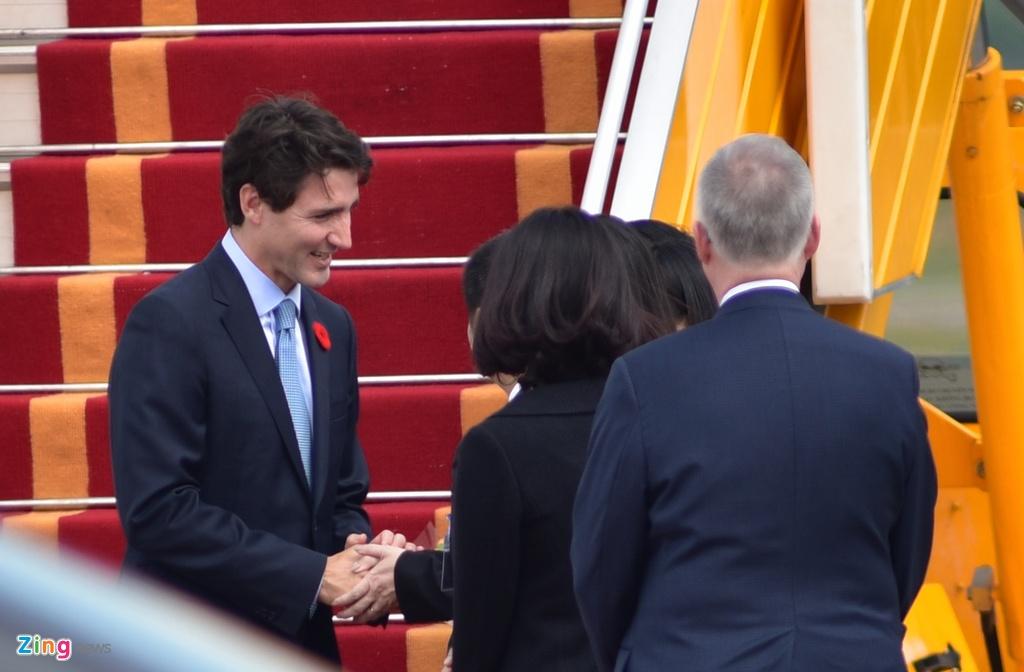 Thu tuong Nguyen Xuan Phuc hoi dam voi Thu tuong Canada Trudeau hinh anh 10