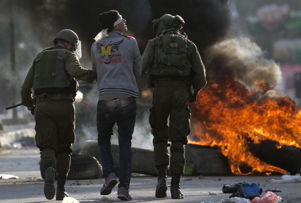 Dung do khoc liet giua Israel va Palestine, 4 nguoi chet hinh anh 7
