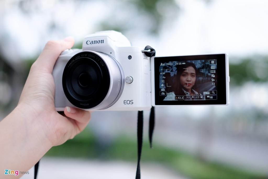#Conenmua: Canon EOS M50 - don truc dien vao Fujifilm, Sony hinh anh 7