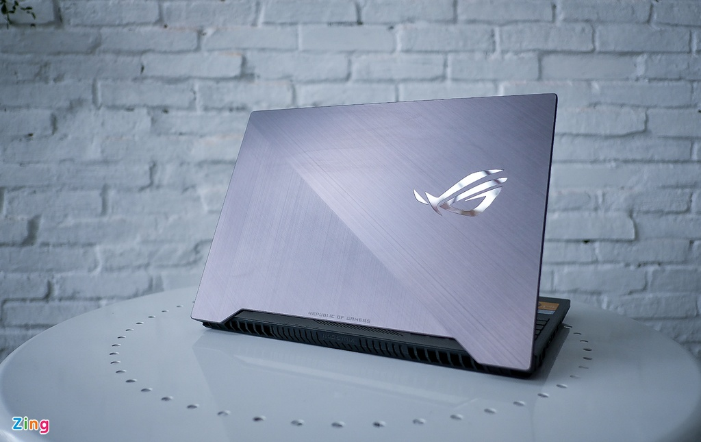 Asus ROG Strix SCAR II - laptop gaming cho xa thu gia 44,5 trieu hinh anh 1