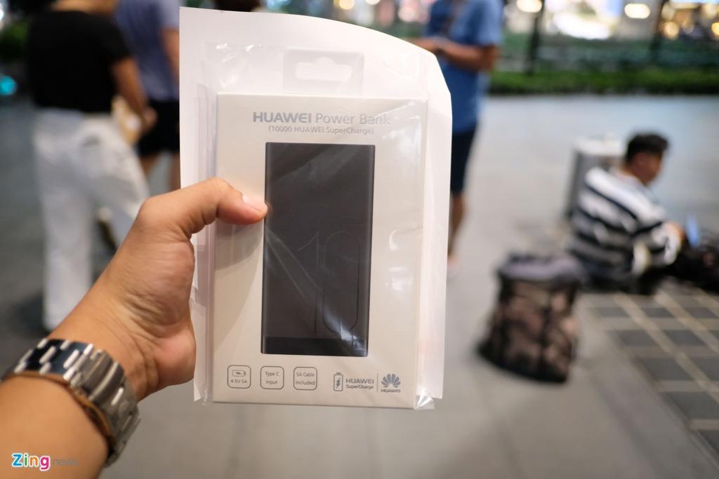 Huawei bat ngo phat qua cho nguoi cho mua iPhone XS o Singapore hinh anh 6