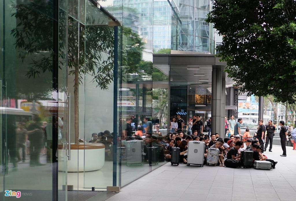 Thai Lan co Apple Store, nguoi Viet miet mai xep hang den bao gio? hinh anh 8