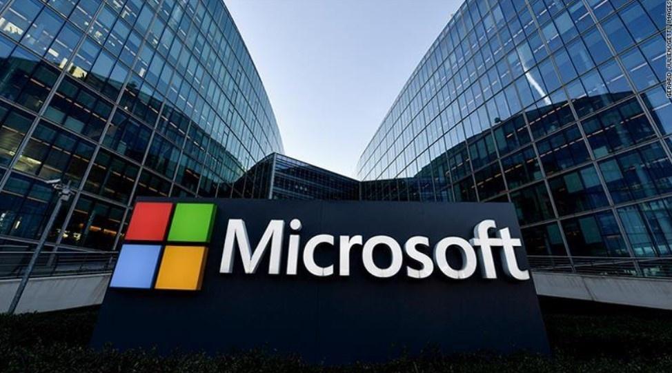 Kinh doanh cẩn trọng giúp Microsoft vượt mặt Apple trở thành công ty giá trị nhất thế giới. Ảnh: Getty.