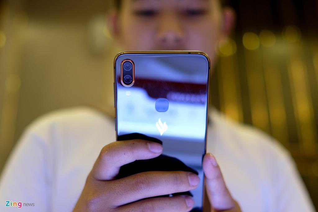 Active 1 va Active 1+: Smartphone tam trung Vsmart gia tu 5 trieu dong hinh anh 6