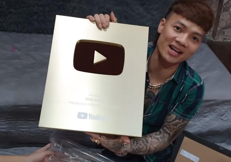 Doanh nghiep nuoi kenh YouTube ban anh 1