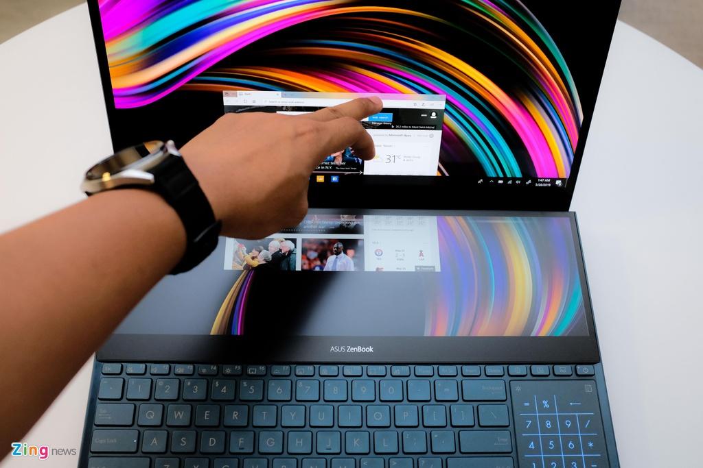 Day la laptop 2 man hinh 4K, chip Core i9 dau tien tren the gioi hinh anh 3