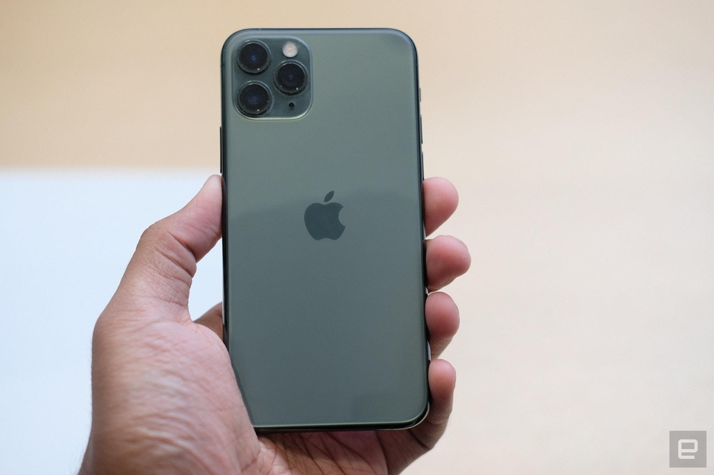 Anh chi tiet iPhone 11 Pro, Pro Max gia len den 1.449 USD hinh anh 4
