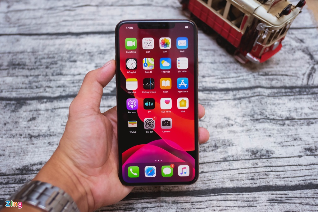 iPhone 11 Pro Max vs iPhone 3GS - qua nhieu thay doi sau 10 nam hinh anh 3