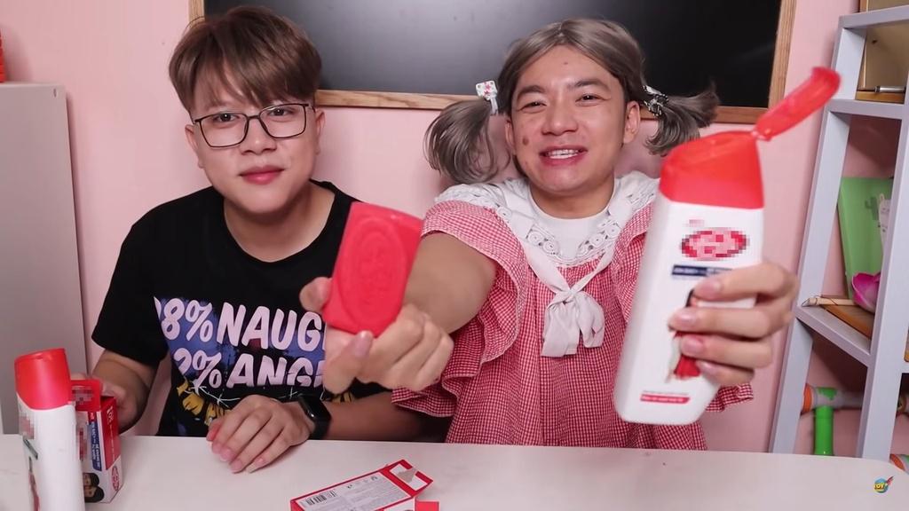 YouTube Viet Nam tran ngap video lam hai tre em hinh anh 1 Screenshot_119_1.jpg