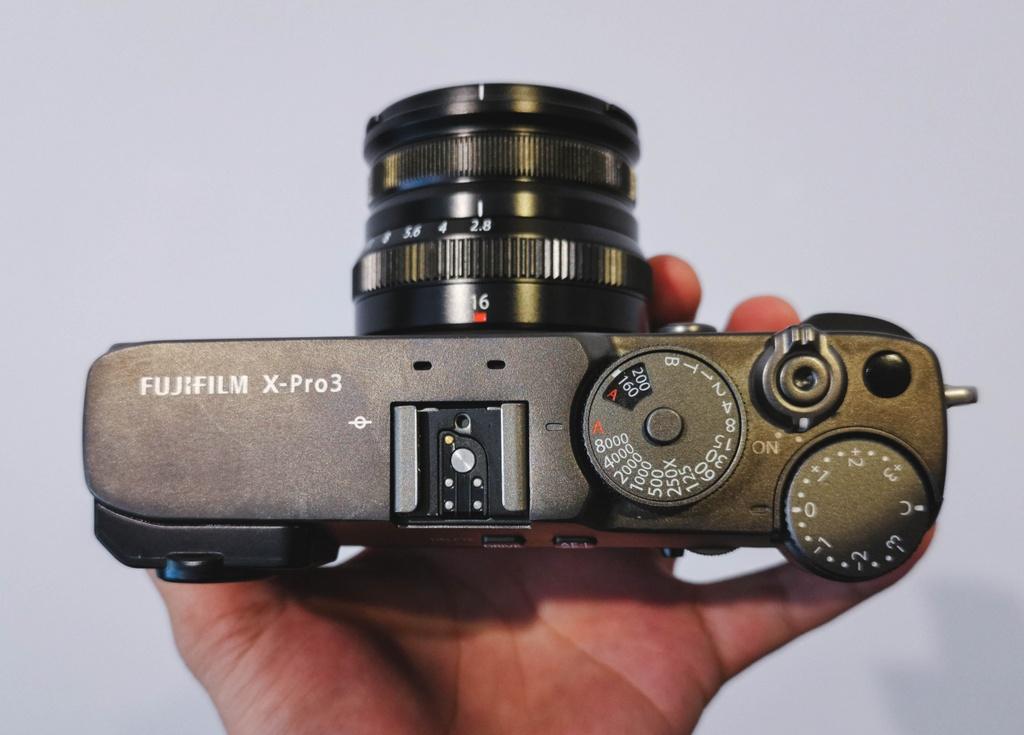 Danh gia Fujifilm X-Pro3 - chi fan cung moi mua hinh anh 2