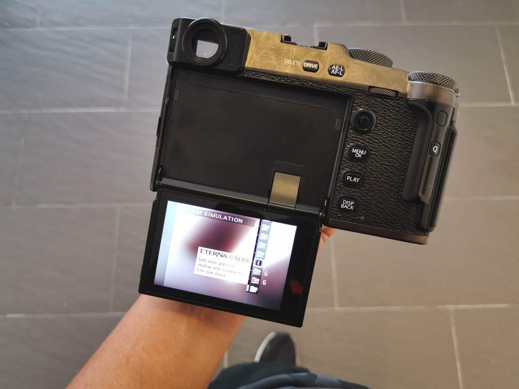 Danh gia Fujifilm X-Pro3 - chi fan cung moi mua hinh anh 3