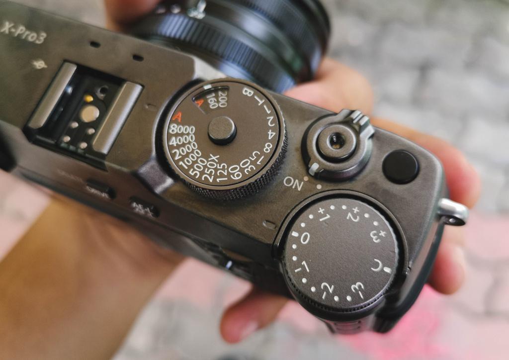Danh gia Fujifilm X-Pro3 - chi fan cung moi mua hinh anh 5