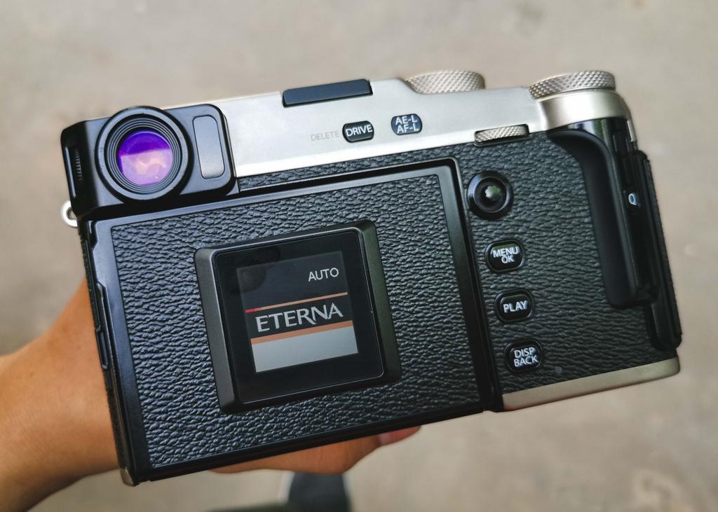 Danh gia Fujifilm X-Pro3 - chi fan cung moi mua hinh anh 7