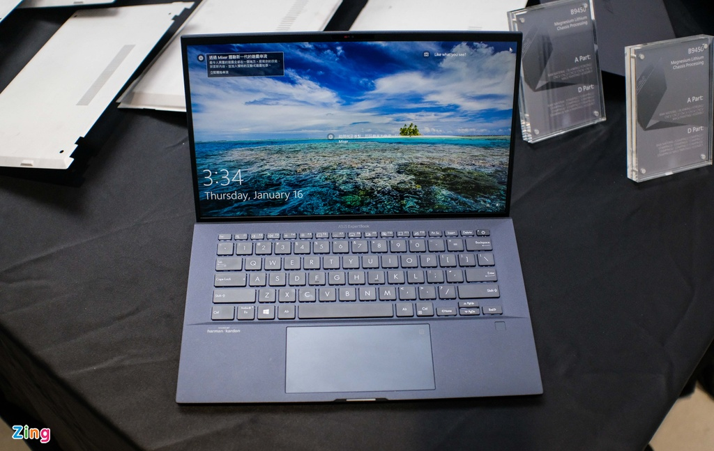 Chi tiet laptop 14 inch manh, nhe nhat the gioi hinh anh 1 asus_zing_26.JPG