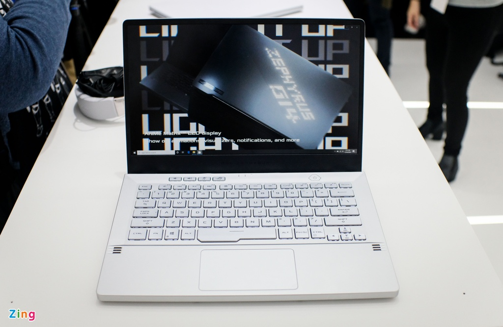 Chi tiet laptop 14 inch manh, nhe nhat the gioi hinh anh 5 asus_zing_4.JPG