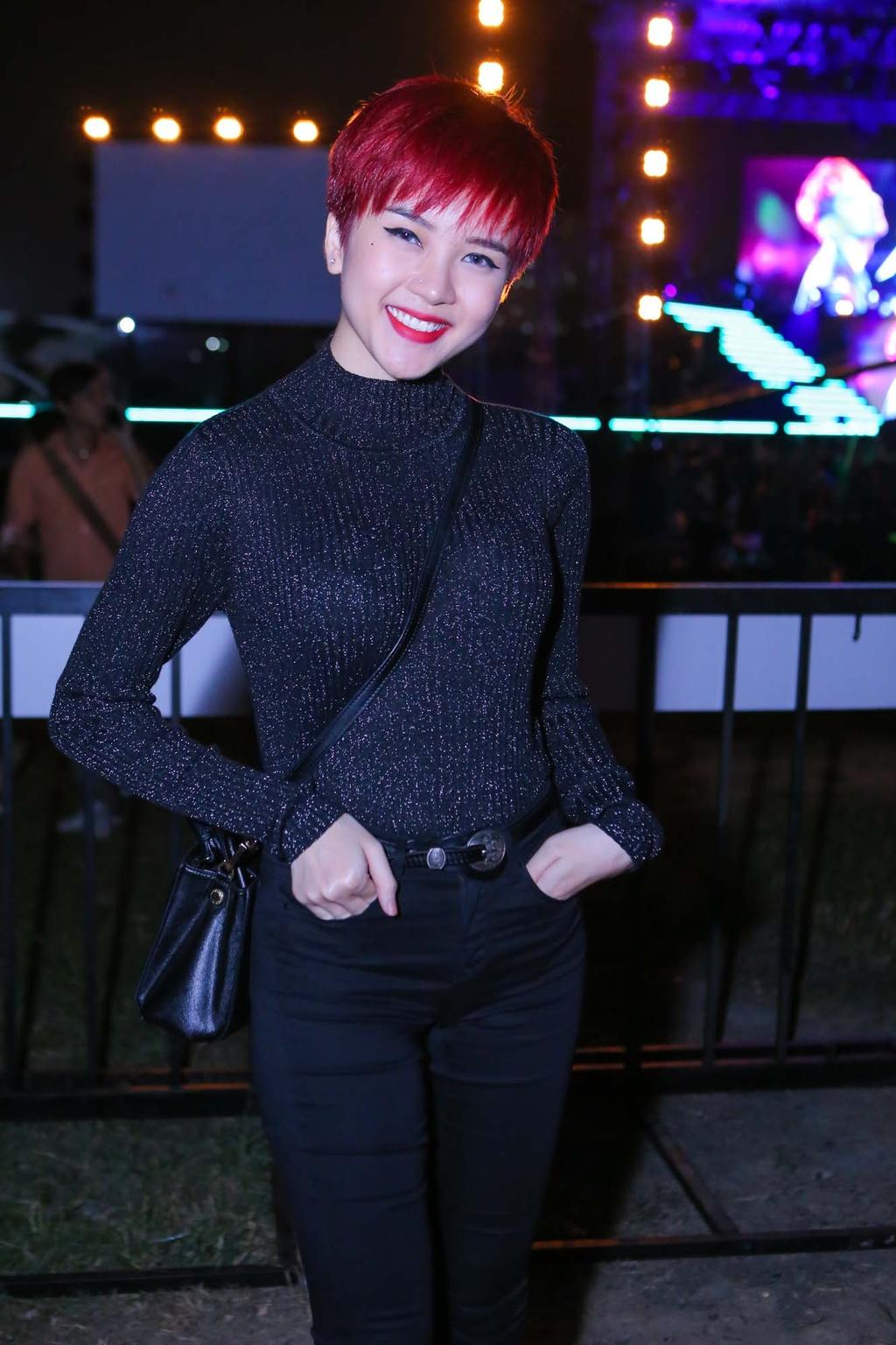 Thieu Bao Tram toi xem live show cua Son Tung hinh anh 1